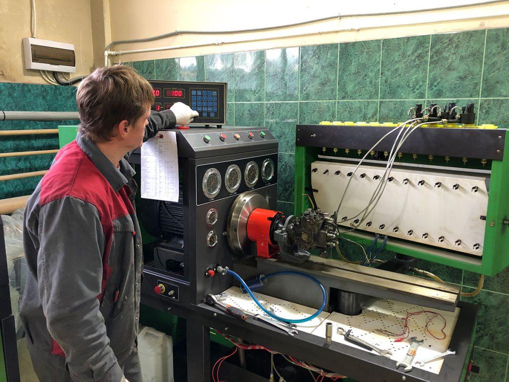 Универсальный стенд для проверки топливной аппаратуры