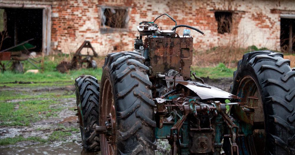 разобранный трактор фото